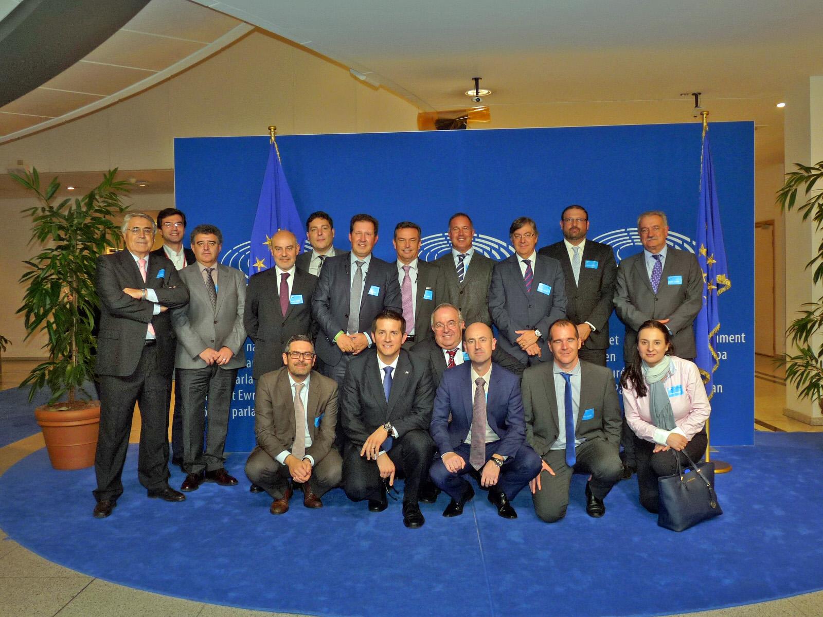 El sector de los áridos se reúne en Bruselas con las principales Instituciones europeas