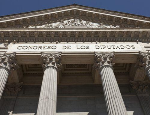 Los aplazamientos de pagos monopolizan, en el Congreso, los debates sobre el Proyecto de Ley de Contratos del Sector Público