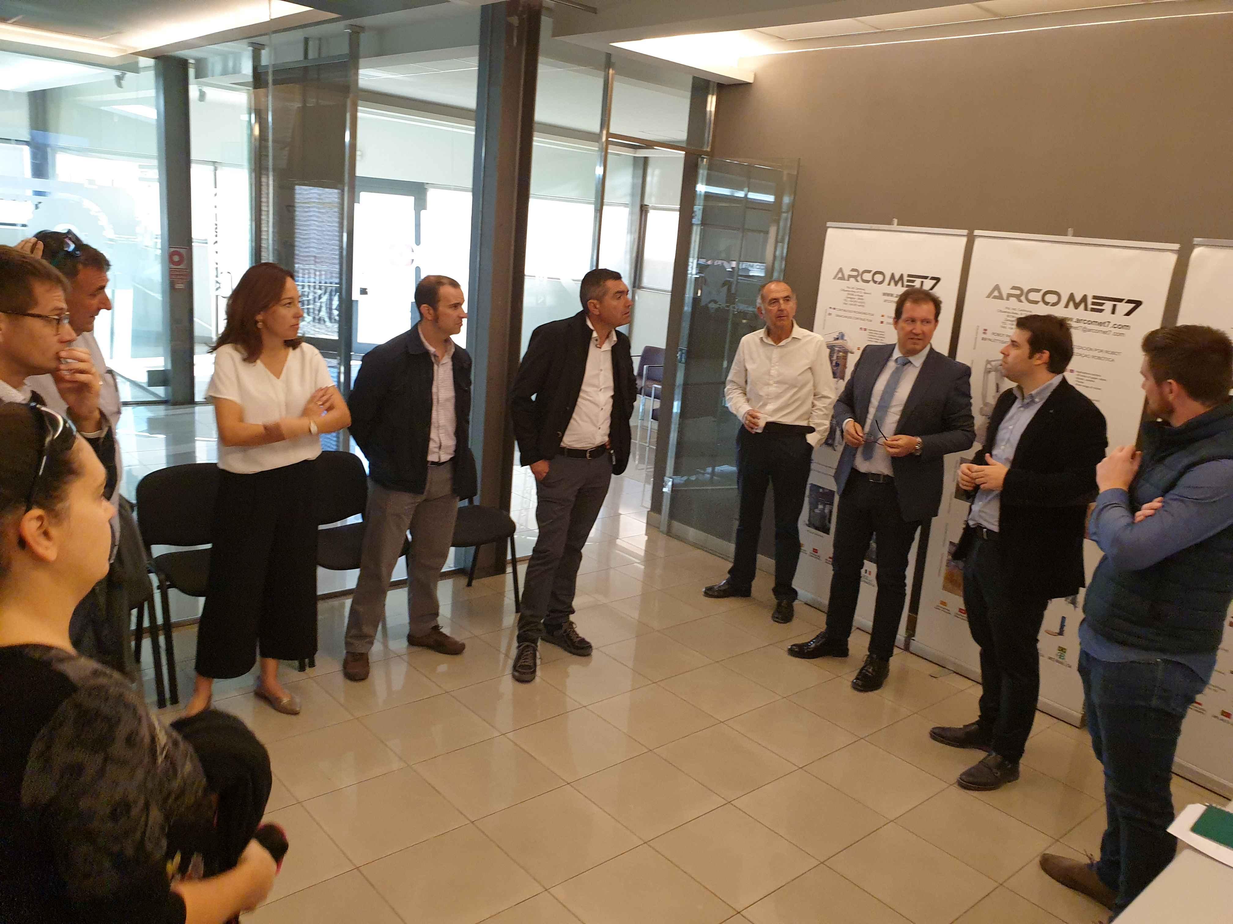 Arco Electrónica acoge una visita de los empresarios de Aragón