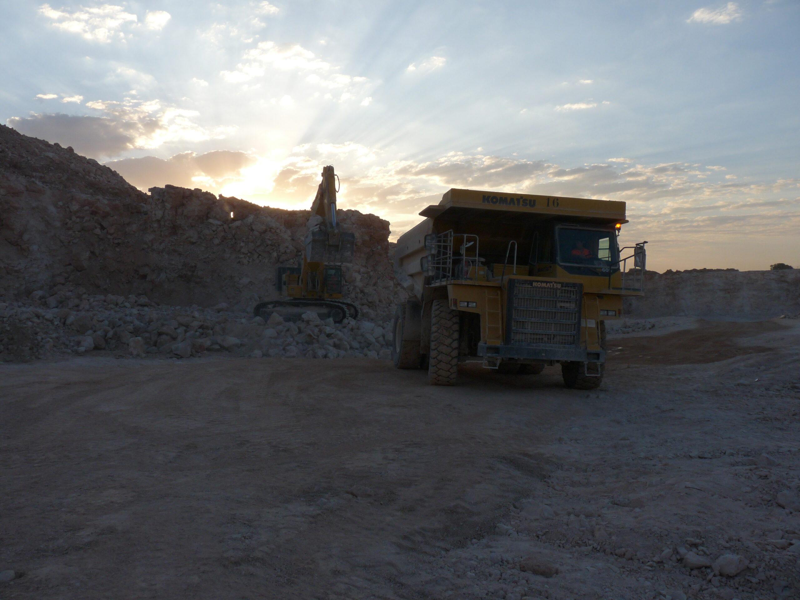 La situación del sector de los áridos se va estabilizando, pero persiste la preocupación por la falta de nueva contratación